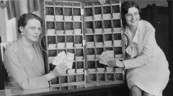 1932 ticket sellers